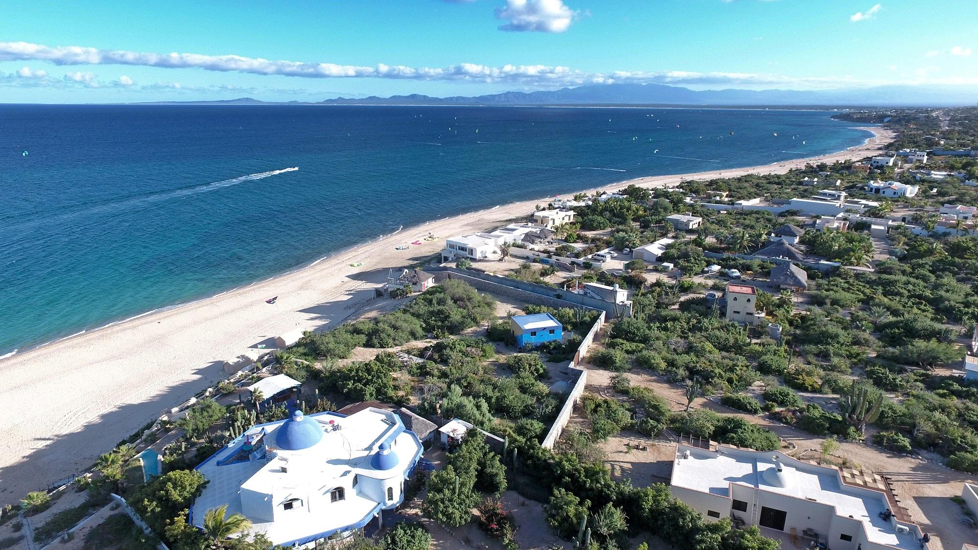 Mokies Beachfront Paradise-5