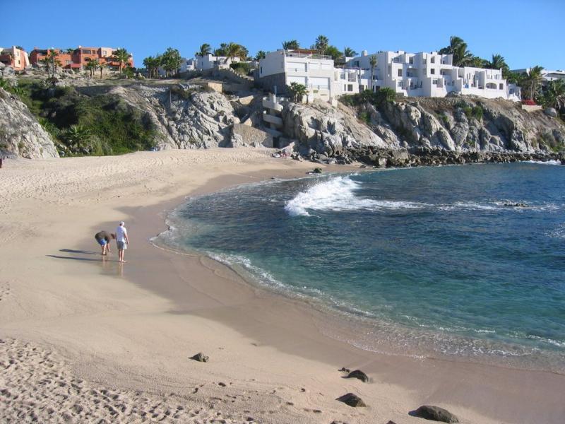 Cabo Corridor, 2 Bedrooms Bedrooms, ,2 BathroomsBathrooms,Condo,For Sale,Plaza Calafia,20-910