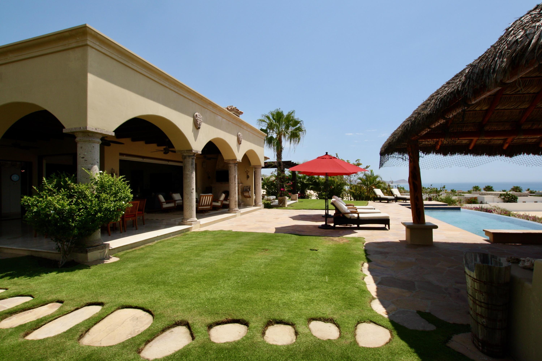 Hacienda Villa 306-3