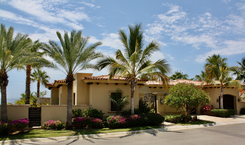 Hacienda Villa 306-15