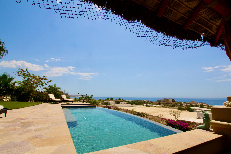 Hacienda Villa 306-18