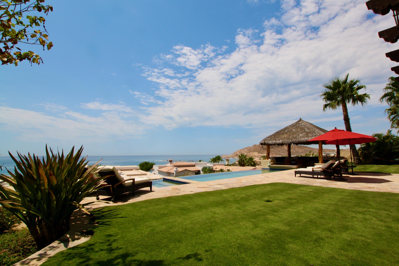 Hacienda Villa 306-19