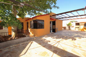 Casa Lilia property for sale