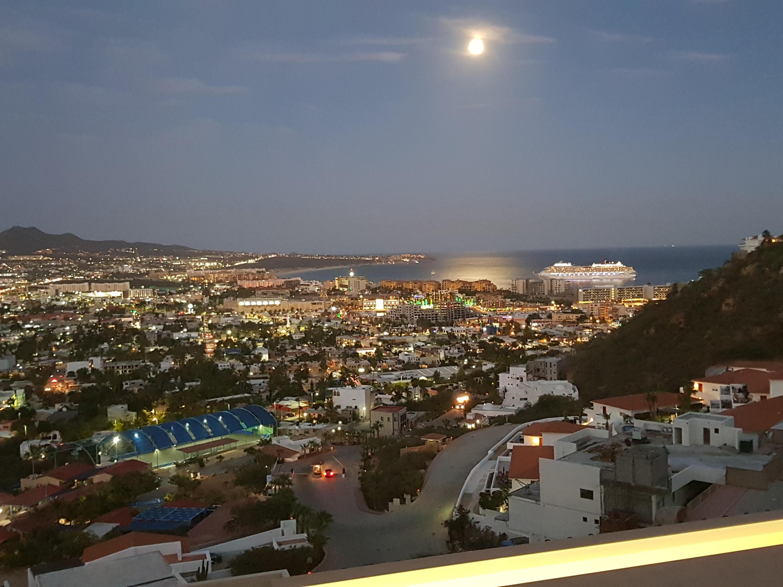 CUSTOM Camino de le piedrera # 904 Cabo San Lucas