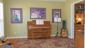 Property Photo: #3-living room