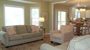 Property Photo: #7-family room