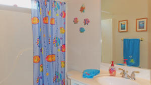 Property Photo: #37-hall bath