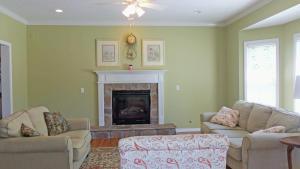 Property Photo: #12-family room