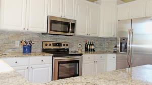 Property Photo: #15-kitchen