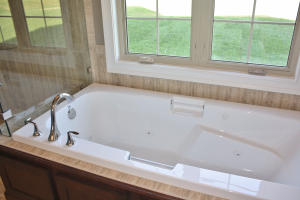 Property Photo: Master Jetted Tub