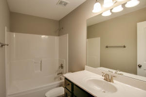 Property Photo: 3701 Clydesdale Dr-4