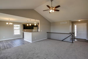 Property Photo: 3701 Clydesdale Dr-7