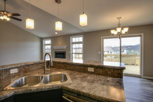 Property Photo: 3701 Clydesdale Dr-10