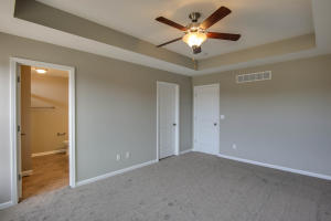 Property Photo: 3701 Clydesdale Dr-17
