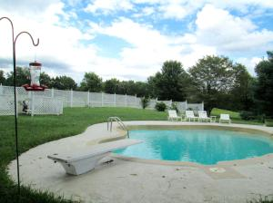 Property Photo: Diving Board