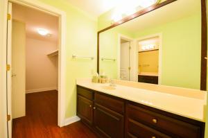 Property Photo: Bedroom 3 Adjoining Vanity Room and Walk