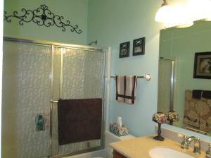 Property Photo: Guest Bath