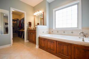 Property Photo: Master Bathroom