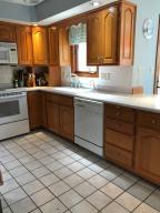 Property Photo: 5060 Hickory Hills Kitchen b