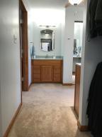 Property Photo: 5060 Hickory Hills Master Bath b