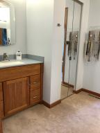 Property Photo: 5060 Hickory Hills Master Bath h