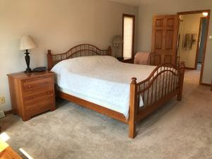 Property Photo: 5060 Hickory Hills Master Bdrm j