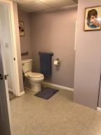 Property Photo: 5060 Hickory Hills Apt Accessible Bath