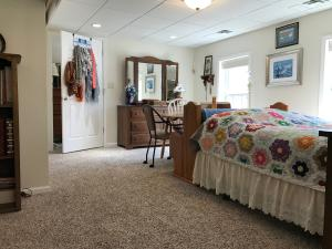 Property Photo: 5060 Hickory Hills Apt Bdrm 4 b