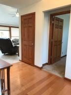 Property Photo: 5060 Hickory Hills Entrance