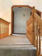 Property Photo: 5060 Hickory Hills Staircase
