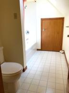 Property Photo: 5060 Hickory Hills Upper bath b