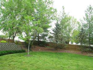 Property Photo: Nicely Landscaped