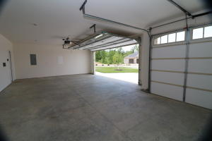 Property Photo: Over-sized 3 car garage