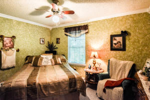 Property Photo: 5105 Scruggs Station-22