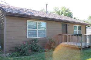 1714 PARKER ST, COLUMBIA, MO 65202