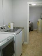 Property Photo: Utility, Sink & Mud Room