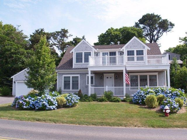 105 Queen Anne Road, Chatham MA, 02633 details