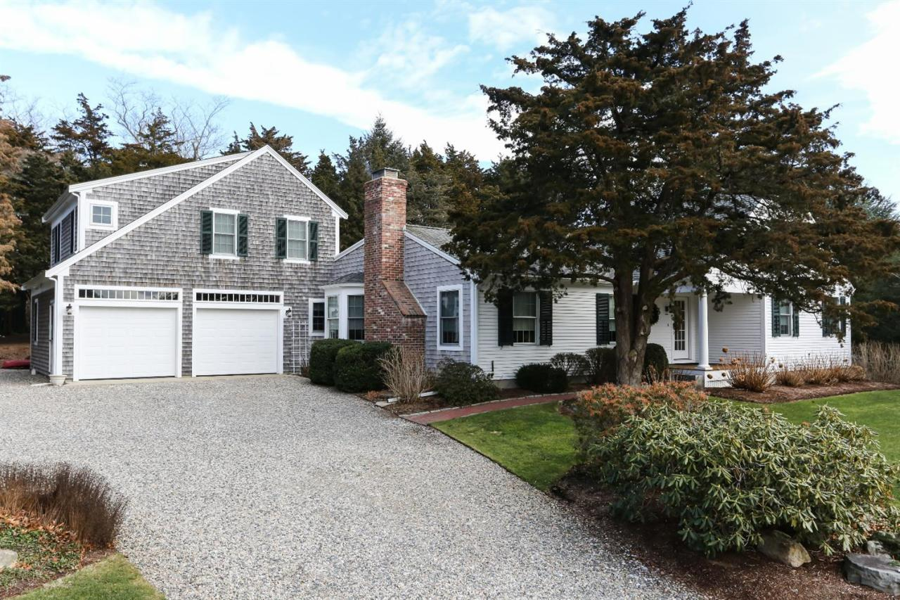 10  The Lane, Orleans MA, 02653