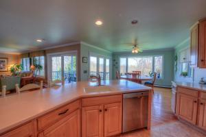 59 STONEWALL DRIVE, WEST BARNSTABLE, MA 02668  Photo 7