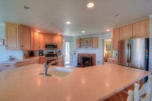 59 STONEWALL DRIVE, WEST BARNSTABLE, MA 02668  Photo 11