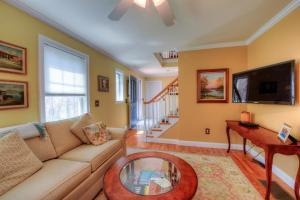 59 STONEWALL DRIVE, WEST BARNSTABLE, MA 02668  Photo 13