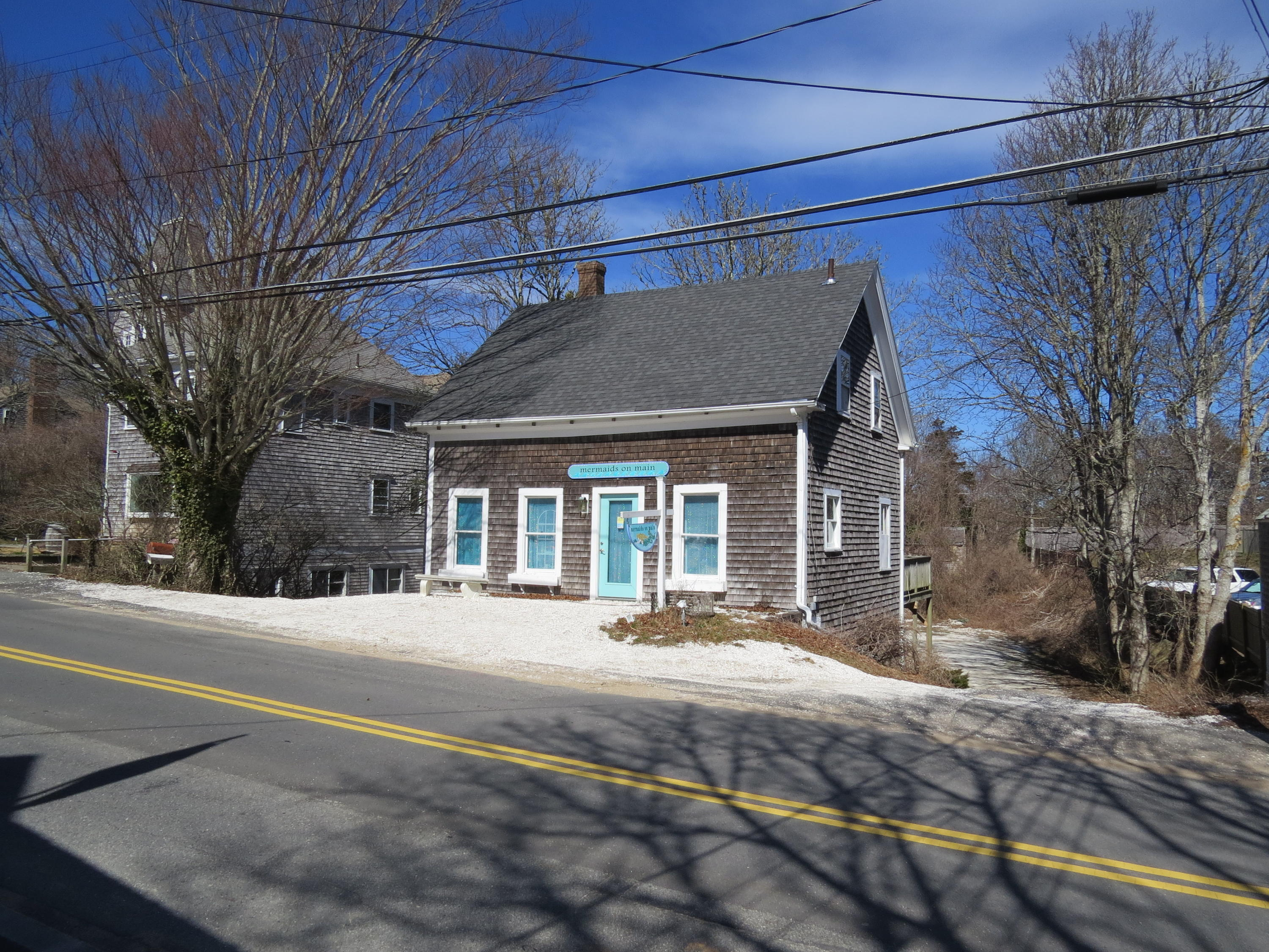 Chatham Real Estate - Cape Cod Antique , 410 Main Street, Chatham MA, 02633   Listed at $895,000