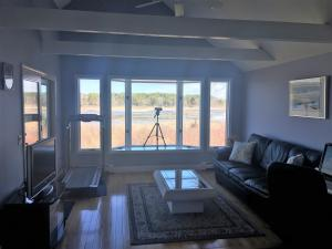 54 N BRAY FARM ROAD, YARMOUTH PORT, MA 02675  Photo 9
