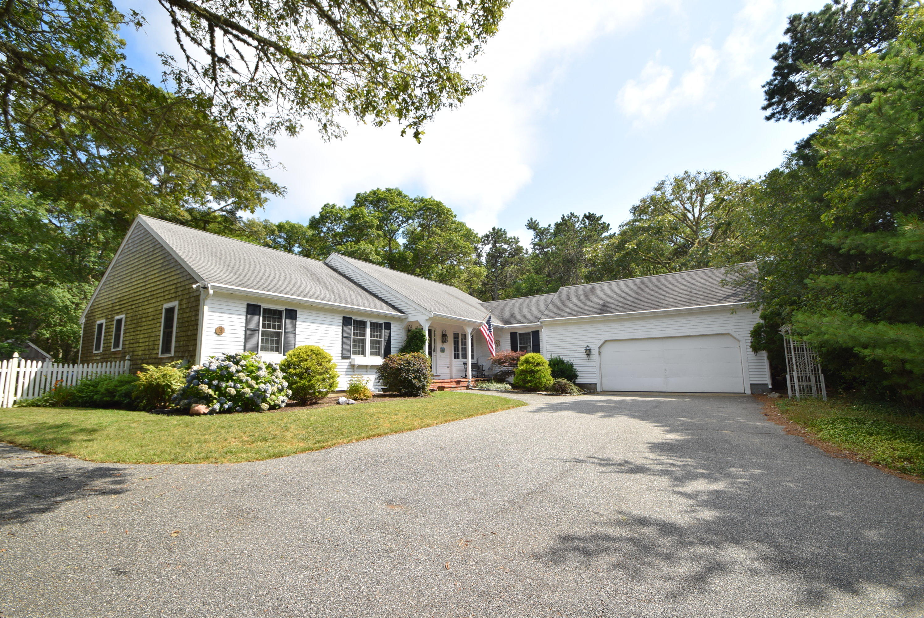 3  Bay Ridge Road, Harwich MA, 02645