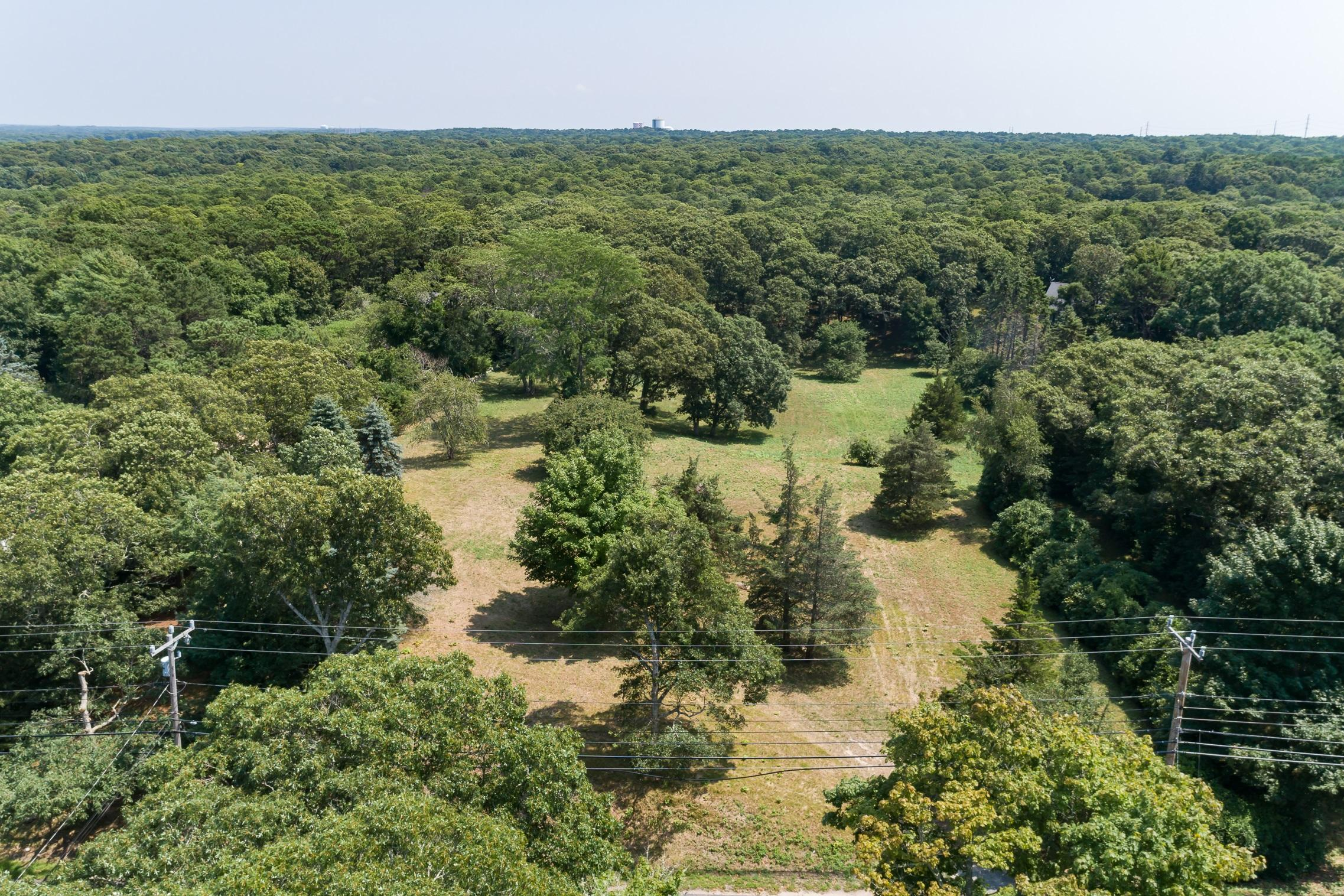 1536 HYANNIS ROAD, BARNSTABLE, MA 02630