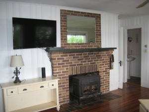 36 ARNOLD ROAD, FORESTDALE, MA 02644  Photo