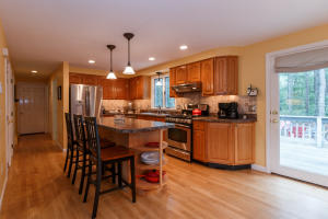 45 TOBISSET STREET, MASHPEE, MA 02649  Photo 9