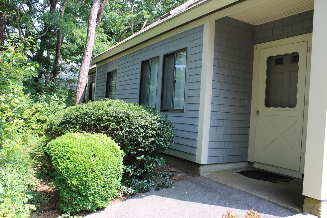 25 Knoll Lane, Brewster MA, 02631