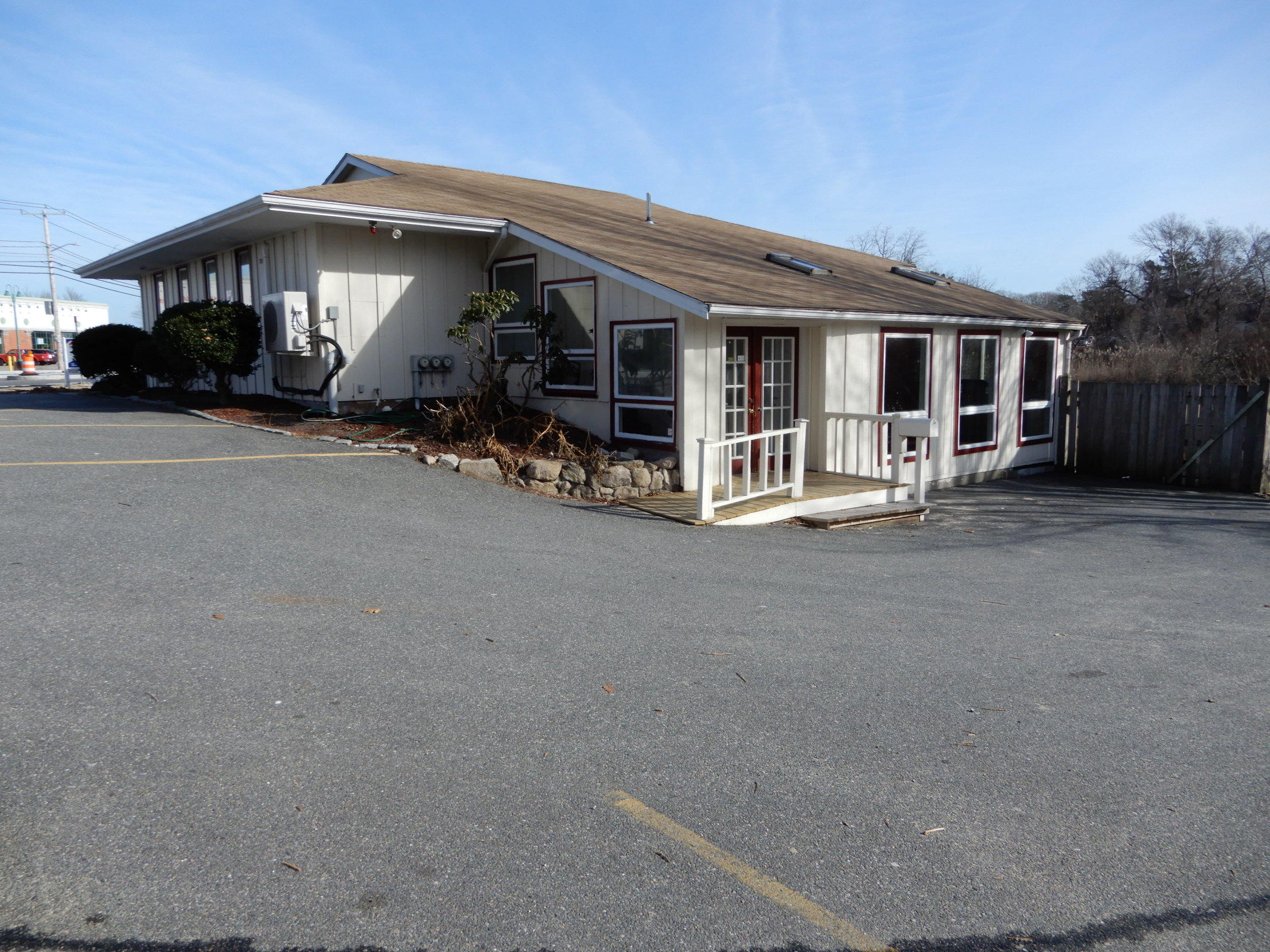 307-falmouth-road-hyannis