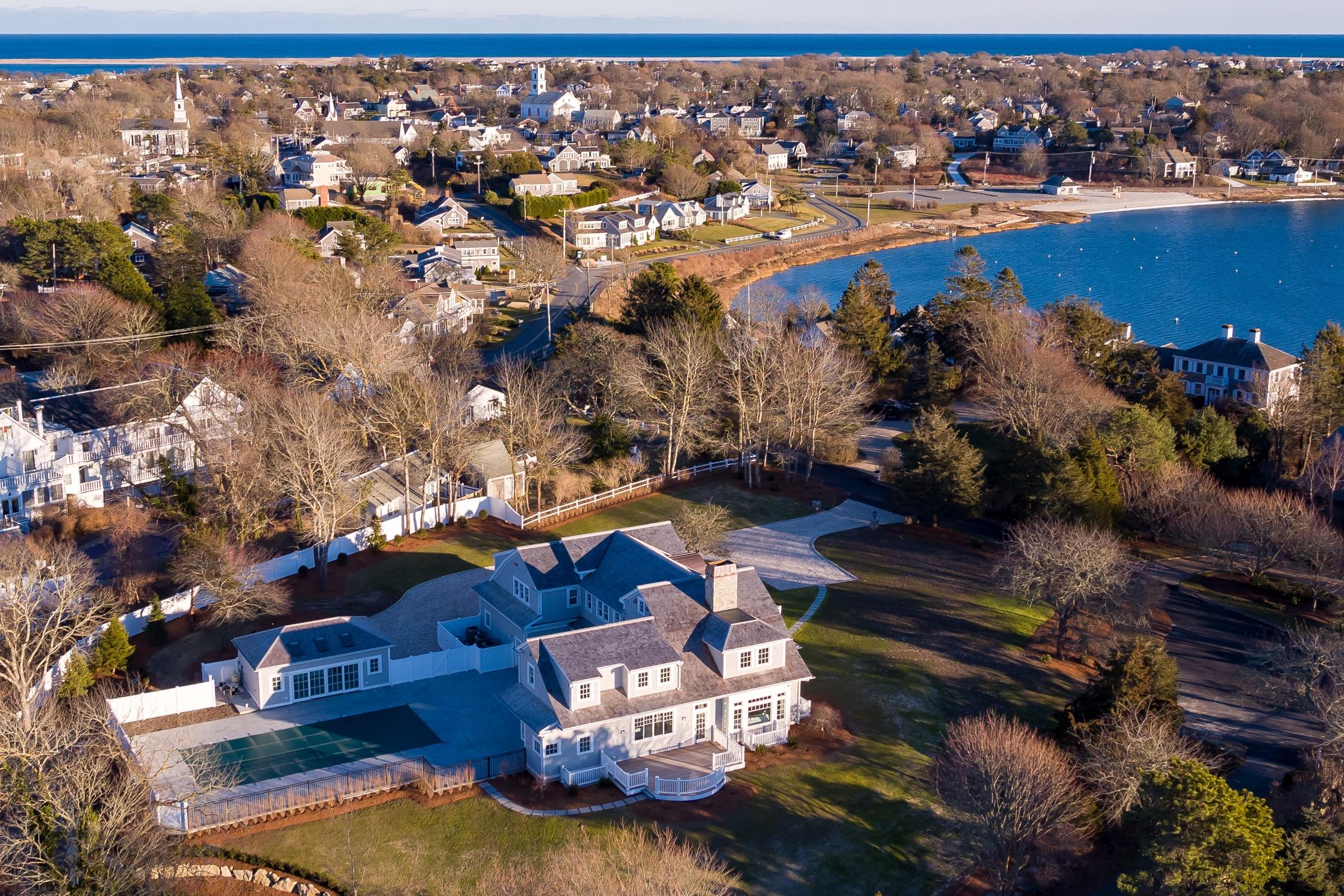 28 Oyster Pond Lane, Chatham MA, 02633